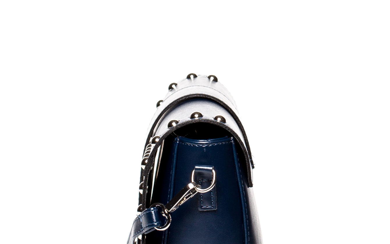 2f621088f18a Style Bags - Tmavá modrá crossbody vybíjaná kabelka SB400